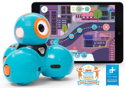 Dash Robot by Wonder Workshop featured on TechSavvyMama.com's 2015 Best Best STEM Gifts for All Ages