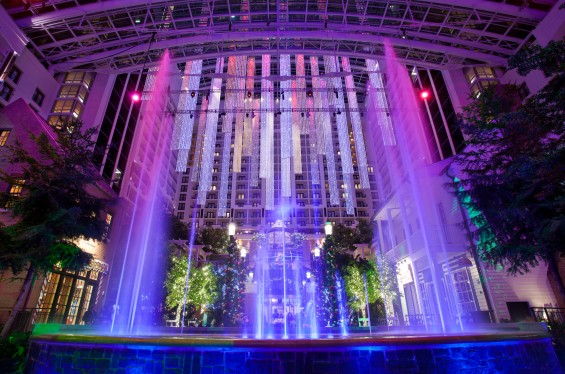 6 Reasons to Visit Gaylord National for Christmas on the Potomac Before or After the Holidays— Indoor snowfalls nightly. Details on TechSavvyMama.com