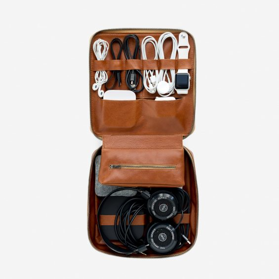 2016 Gift Guide: 12 Gifts for Gadget Lovers - Tech Dopp Kit from This is Ground on TechSavvyMama.com
