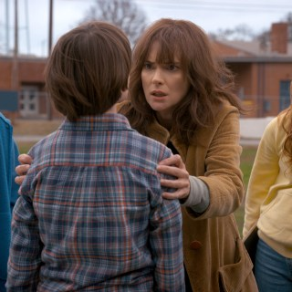 8 Reasons Every Mom Needs a Friend Like Joyce Byers from Stranger Things