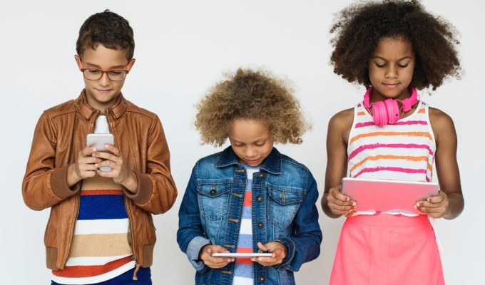 Talking to Tweens About Sexting: How to Prepare and Keep the Conversation Going