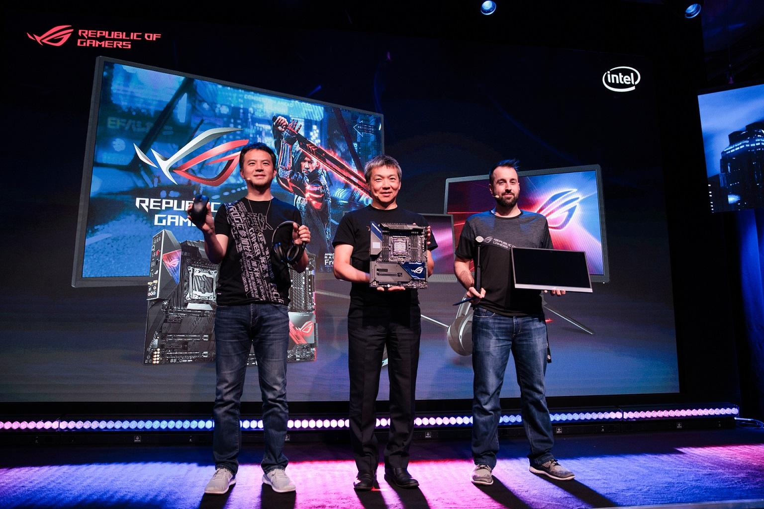 2019德國科隆電玩展今起正式起跑!ROG玩家共和國於開展首日同步舉辦「Intelligent Evolution」新品發表會,展示旗下最新玩家首選配備。.jpg