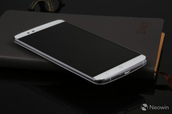 Elephone P8000 ts2
