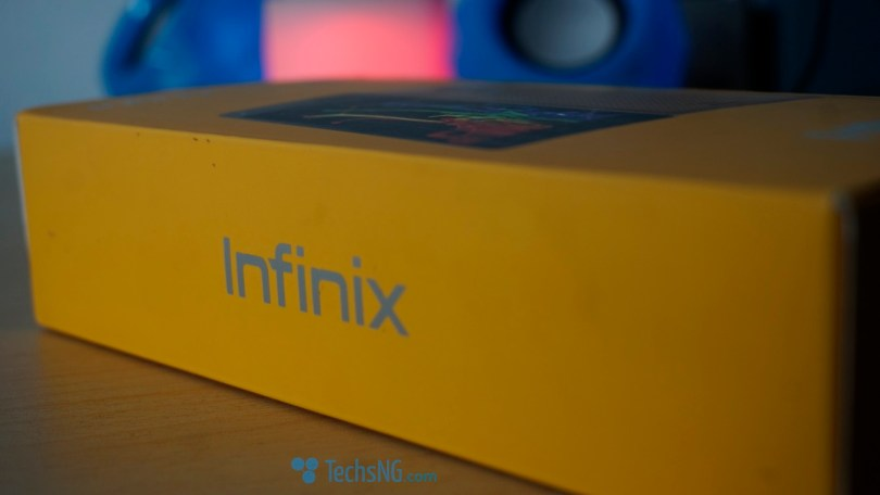 infinix hot 4 boxed side view