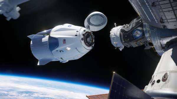 NASA astronauts return home in SpaceX's Crew Dragon ...