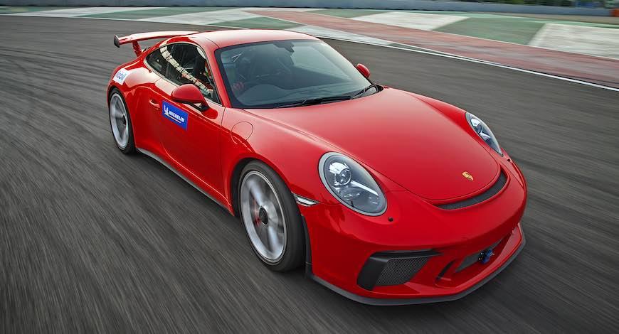Porsche 911 GT3 BIC Record
