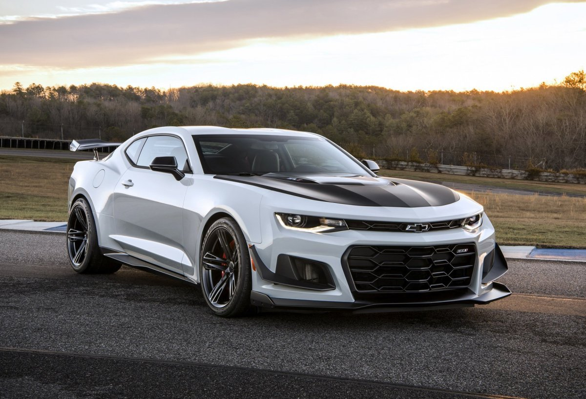 Chevrolet Camaro ZL1 1LE 10 speed auto