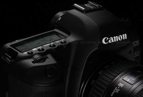 Canon 5D Mk II digital SLR camera - closeup