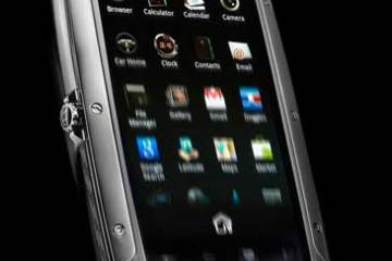 TAG Heuer Link smartphone, front angle