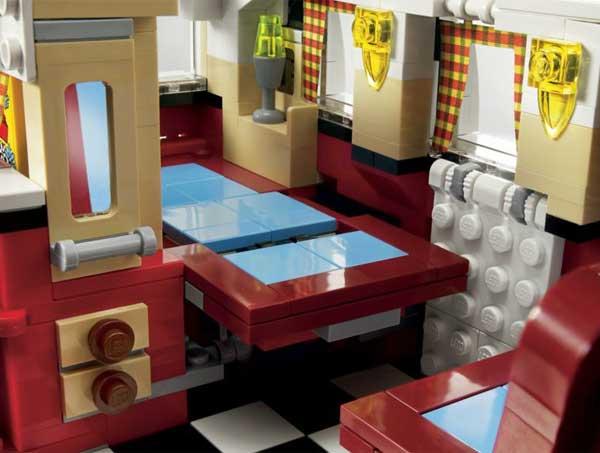 Lego Volkswagen T1 Camper Van, dinette table