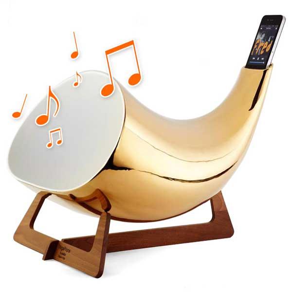 Megaphone iPhone speaker