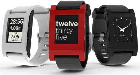 Pebble E-Paper Watch, for iPhone and Android - in white, red and black