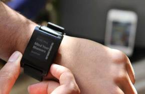 Pebble-epaper-watch-iPhone-Android-music