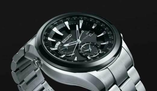 Seiko Astron GPS watch, angle view