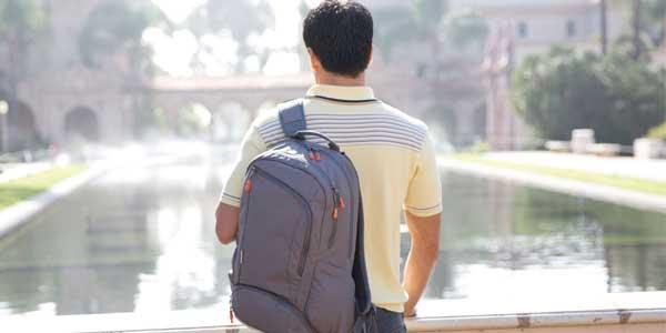 STM Impulse Medium laptop bag, lifestyle