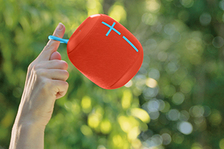 Ultimate Ears Wonderboom speaker red