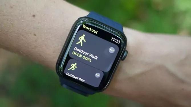 Splendid Apple Smart Watch SE Review