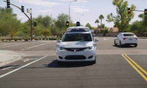waymo driverless taxi