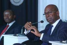 Photo of Safaricom CEO Bob Collymore takes prolonged sick leave, Company's CFO to be in charge.