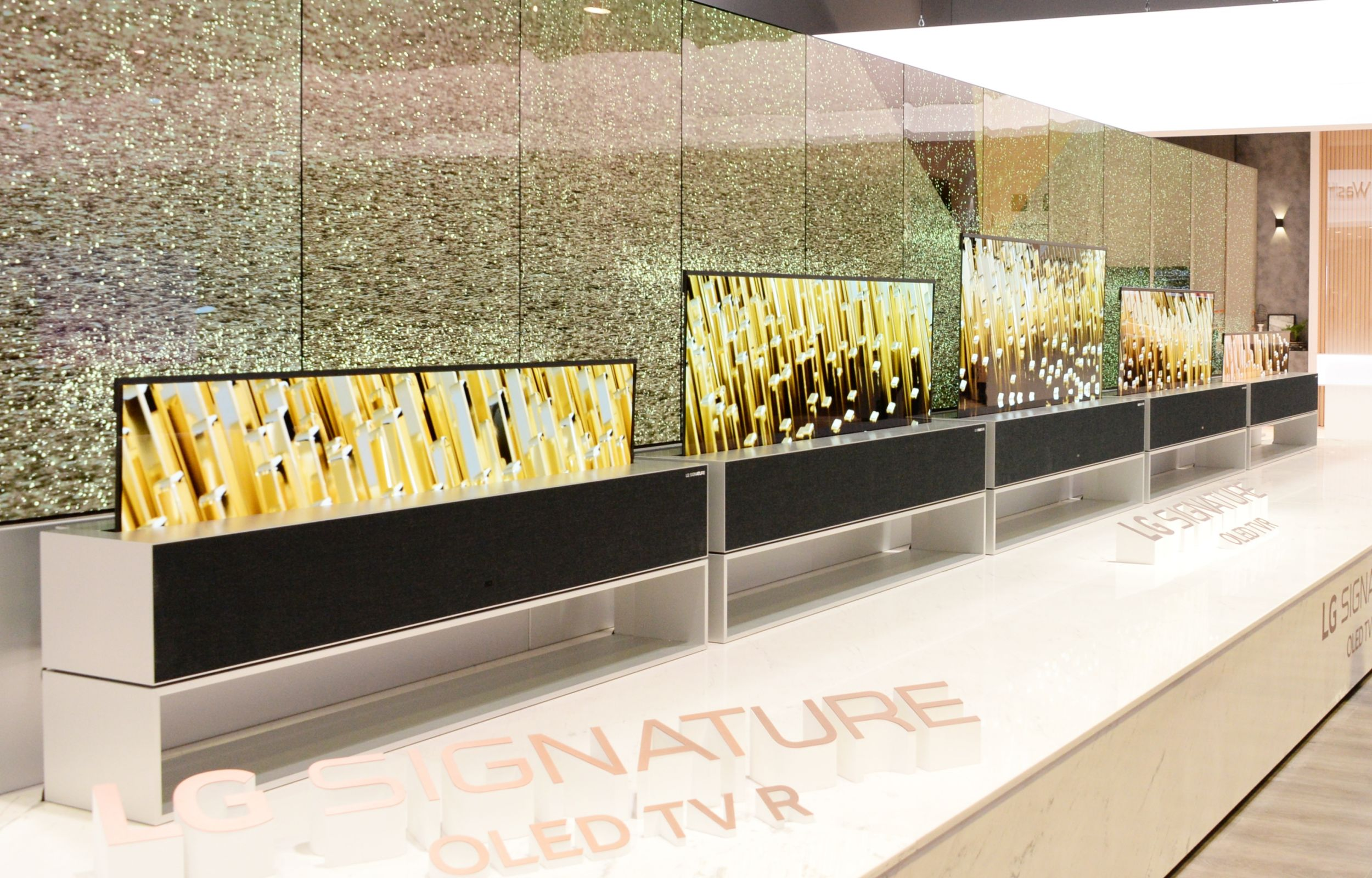 d1763e11298a The LG Signature OLED TV R, the world's first rollable TV is finally going  on sale