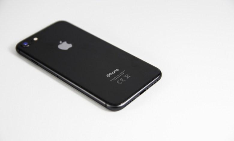 Apple back iPhone