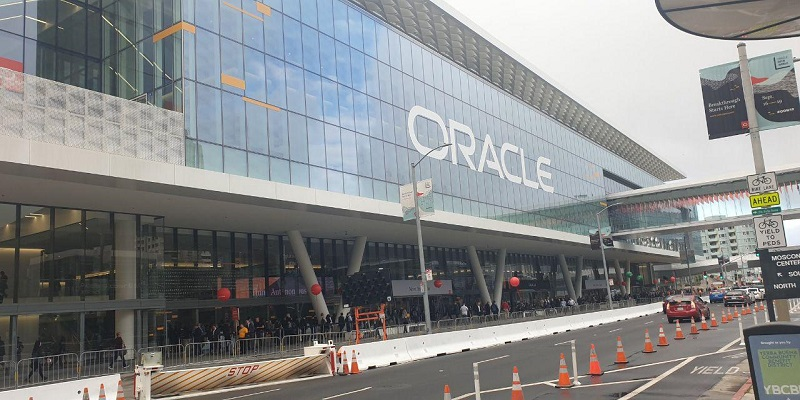 Oracle, VMware partner on hybrid cloud