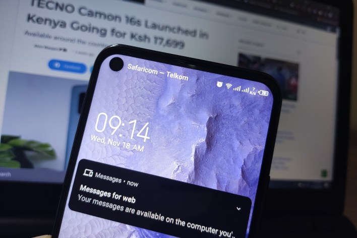 TECNO Camon 16 S notch