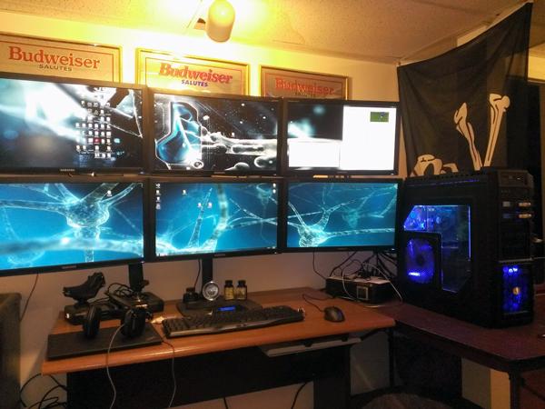 multi-monitor-gaming-setup-(14)