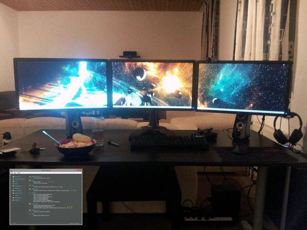 multi-monitor-gaming-setup-(29)