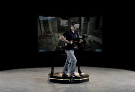 Omni、ゲームの世界に入り込み本当に歩き回れるデバイス 【@maskin】