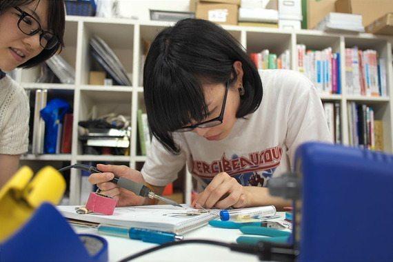 電子工作と裁縫のコラボも出来ちゃうクリエーター集団「ものづくり系女子」【本田】