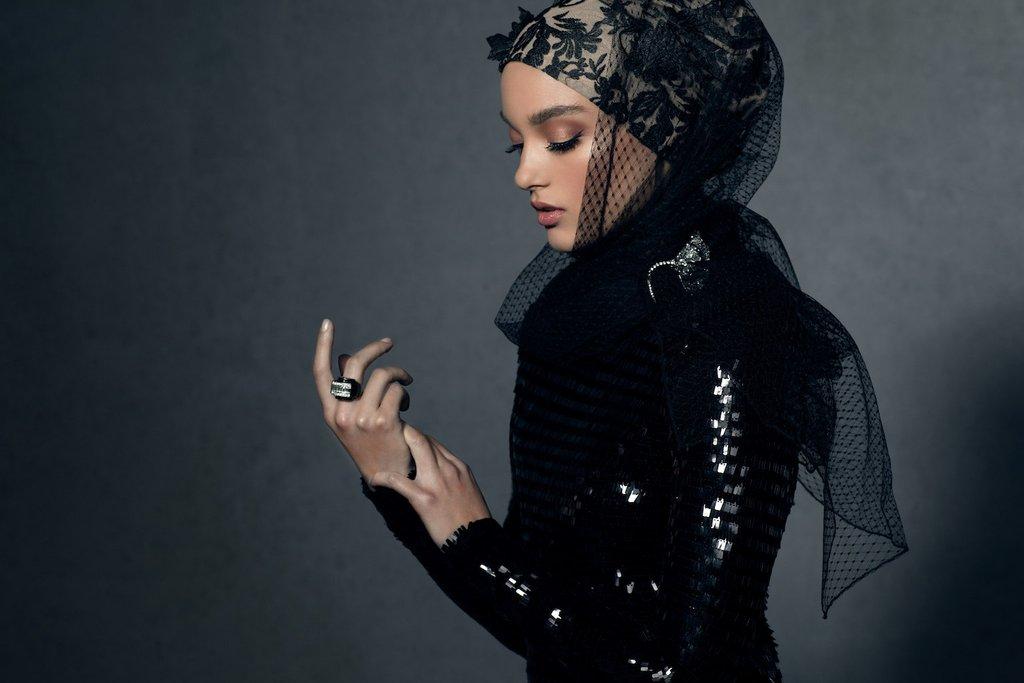 HH_Black_Tie_Lace_Hijab_1024x1024