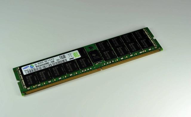 Samsung 16GB DDR4 DRAM