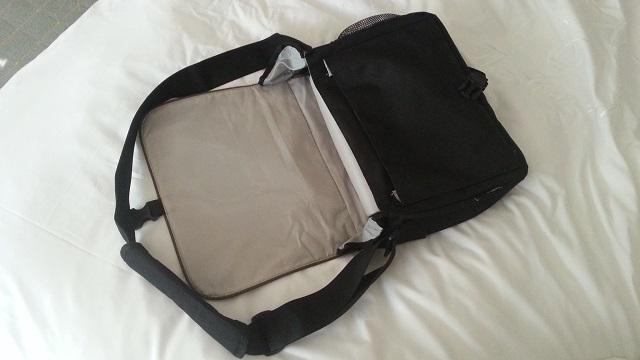 Pakuma Choroka Messenger bag