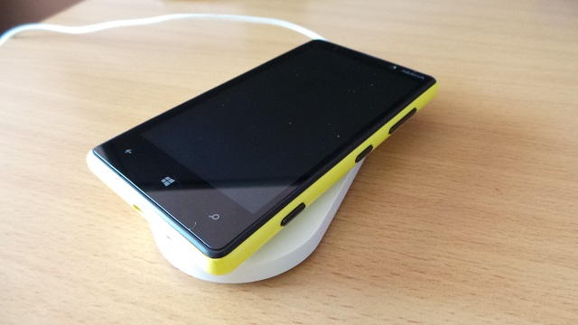 Lumia 820 Wireless charger