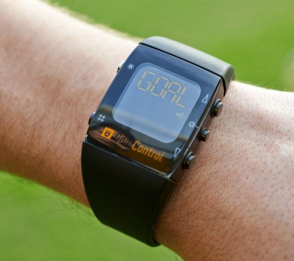 goalcontrol_referee_watch
