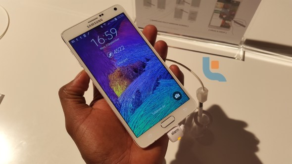 Samsung Galaxy Note 4 Techweez 2P