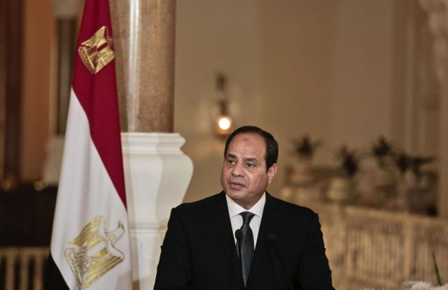 egypt-ratifies-law-social-media-5000-followers
