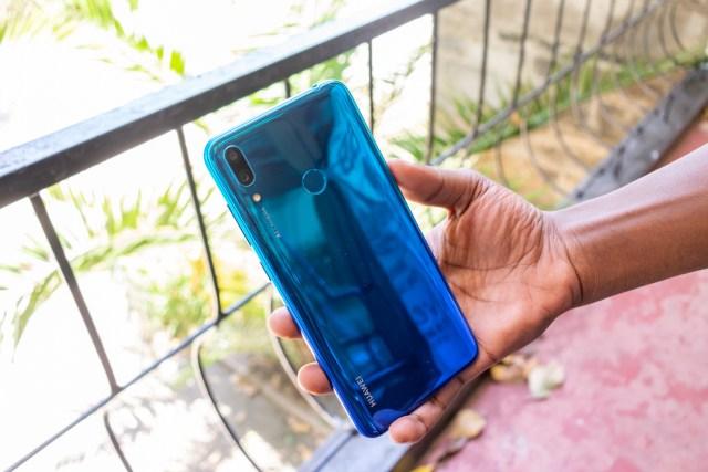 Huawei Y7 Prime 2019 back