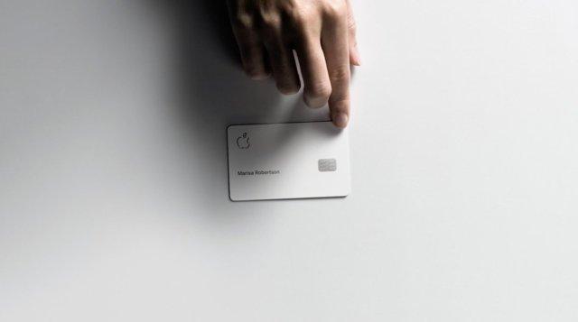 Apple Card titanium
