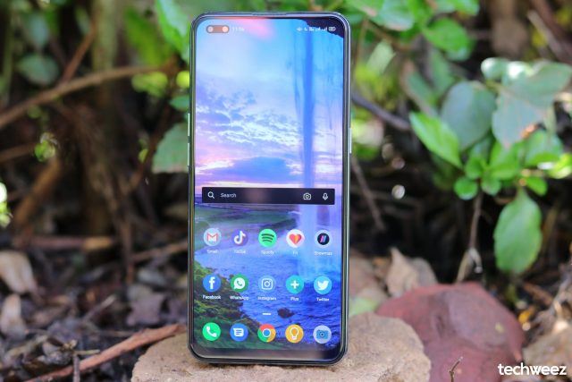 OPPO Reno 4 display