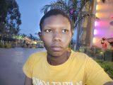 OPPO Reno5 lowlight selfie