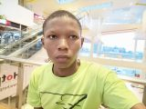 OPPO Reno5 F lowlight selfie