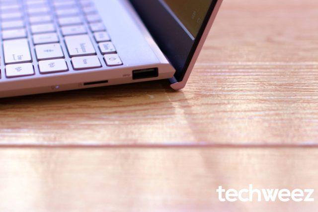 Asus Zenbook 13 UX325 OLED ErgoLift