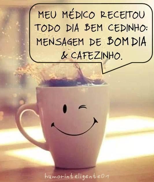 Um bom dia com sorriso na xícara.