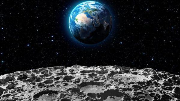 a foto do século, olha só para essa lua.