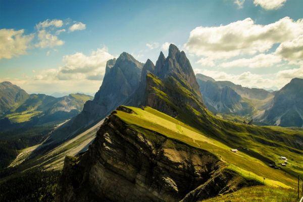 Veja as mais belas paisagens de montanhas.