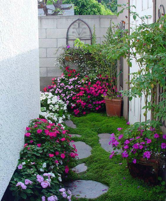 adaptado jardins  floridos