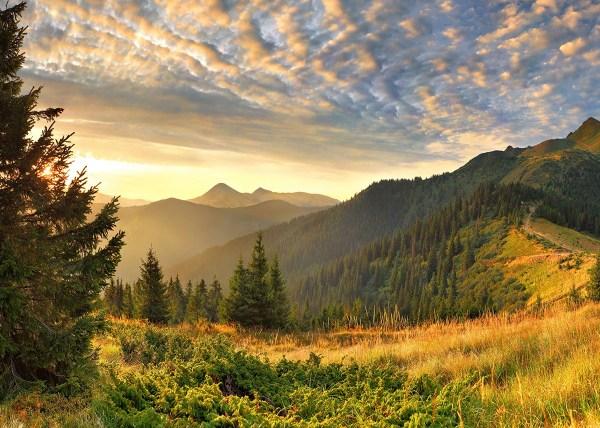 Belas montanhas com linda paisagens.