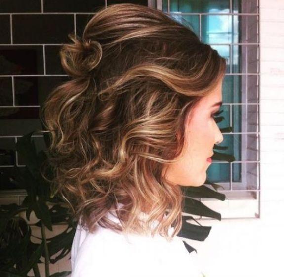 Imagens de cabelos médios para penteados